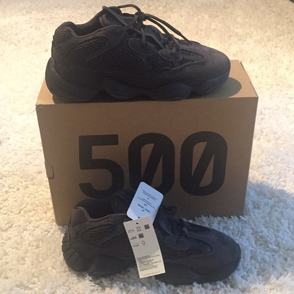 pretty nice 5617a 2d27a Yeezy 500 Utility Black (size 7 women, 6 men) NWT